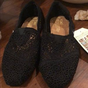 Toms Shoes - NWT -Toms Classic Morocco Crochet Originals